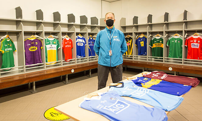 Tour guide in Croke Park dressing room