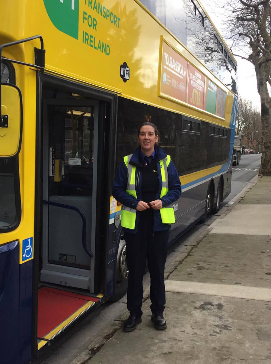 Carla, Bus driver