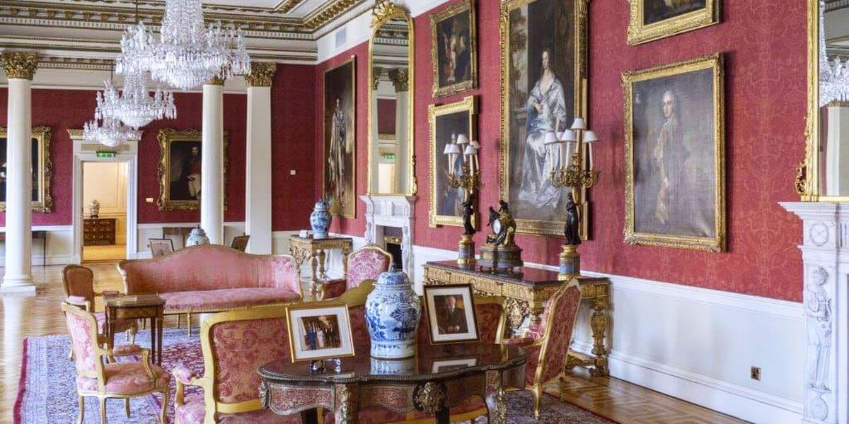 Dublin Castle Family Tour