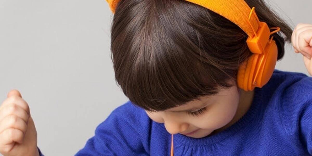 Tiny Dancer: A DJ set for kids with Dónal Dineen