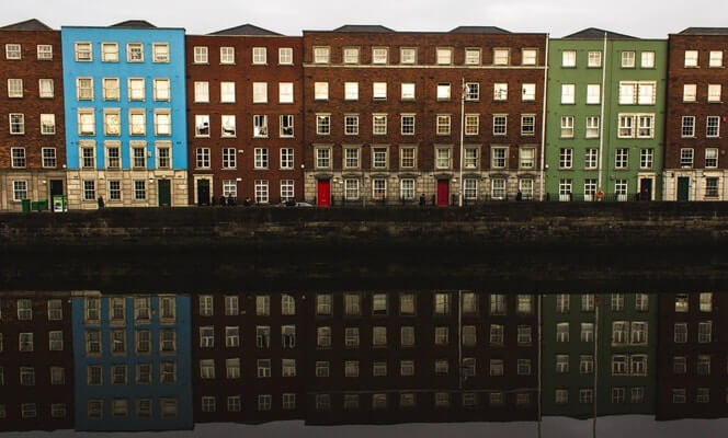 houses on the river liffey in dublin